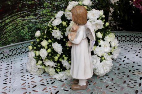 Schutzengel Engelfigur Kind mit Bärchen