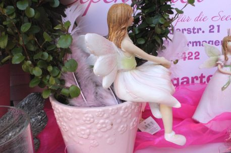 Dekofigur Blütenfee Fee Blumenfee Elfe Kantensitzer