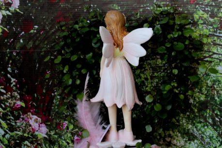 Dekofigur Blütenfee Fee Blumenfee Elfe gross stehend mit Blumenstrauss
