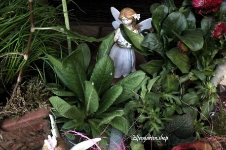 Dekofigur Blütenfee Fee Blumenfee Elfe stehend