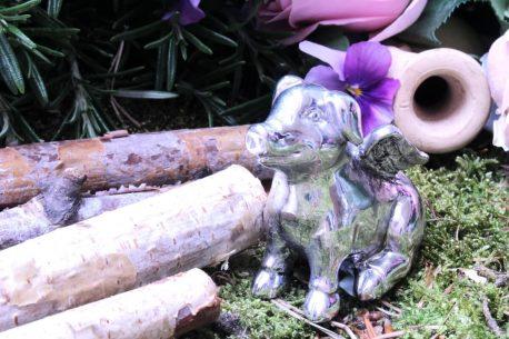 Dekofigur Schutzengel Glücksschwein in Silber mit Flügeln