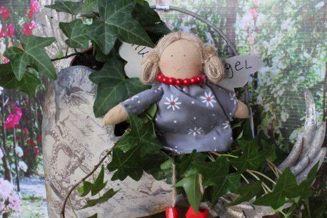 Schutzengel Aurora Leinenkleidchen mit Blümchendruck