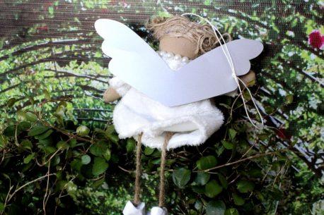 Schutzengel Betty im Wollkleidchen