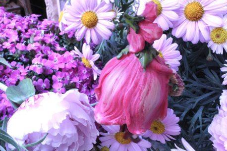 Deko Figur Blumenmädchen Mohnblume zum Hängen