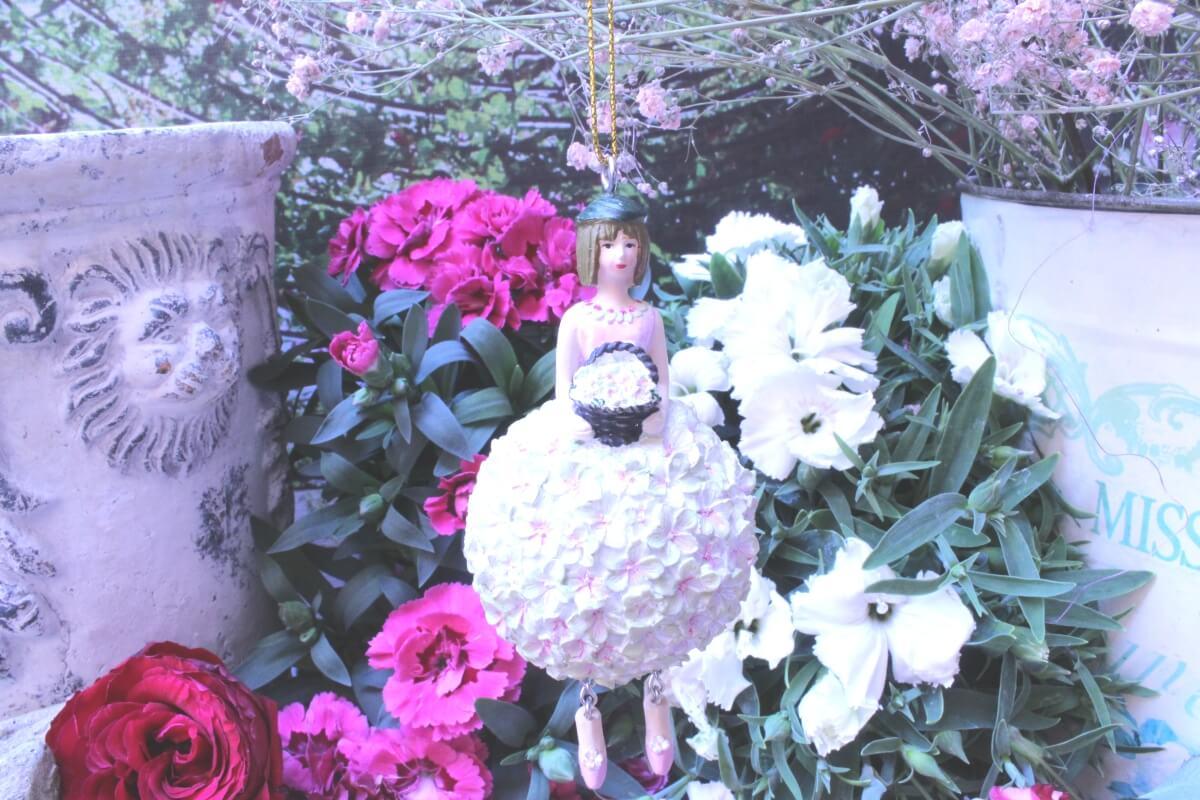 Blumenmädchen Fee Deko Figur Elfe Apfelblüte hängend