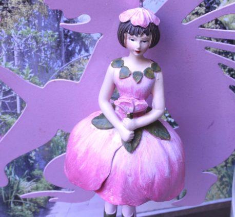 Deko Figur Dekohänger Blumenmädchen Seerose zum Hängen