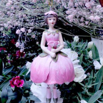 Deko Figur Dekohänger Fee Blumenmädchen Seerose