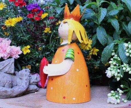 Deko Figur Dekoration Blechpuppe Kleiner König mit Herz
