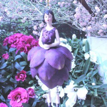 Deko Figur Fee Dekohänger Blumenmädchen zum Hängen