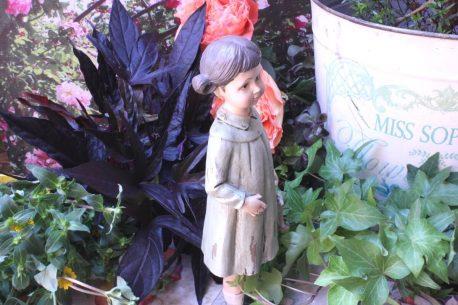 Dekofigur Elfe Glücksbringer Mädchen im Wald