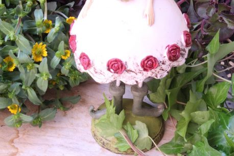 Dekofigur Glücksbringer Blumen Elfe