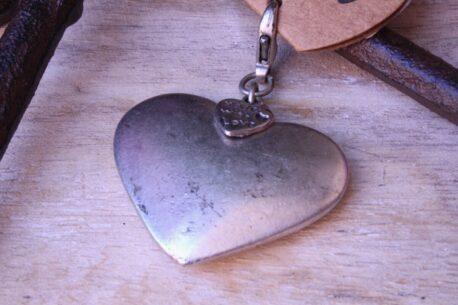 Hevi Schlüsselanhänger Taschenanhänger Herz Metall