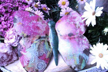 Wanddeko Figur Bunter Schmetterling aus Metall zum Aufhängen