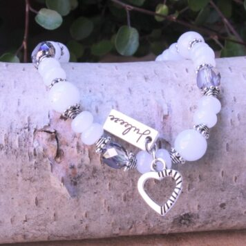 Armband Lichtfarbe Aqua Blau mit Herz