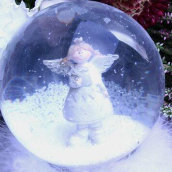 Schneekugel Glimmerkugel Schutzengel