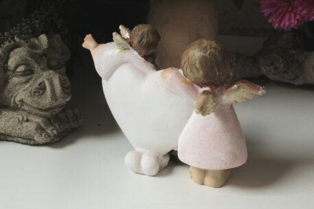 Dekofigur Engel Schutzengelchen Fly mit Herz