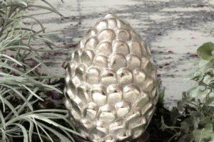 Dekofigur Zapfen Metall Deko Sculpture