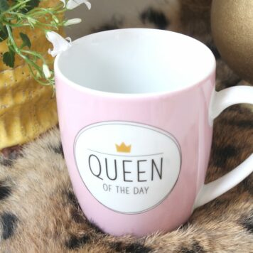 Henkelbecher Sprüche Kaffeetasse Queen Of The Day