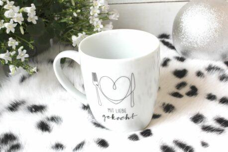 Henkelbecher Sprüche Kaffeetasse Mit Liebe gekocht