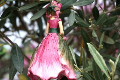 Deko Figur Dekohänger Blumenfee Beauty Red
