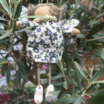 Schutzengel Vio aus Stoff Baumwollkleid Flower