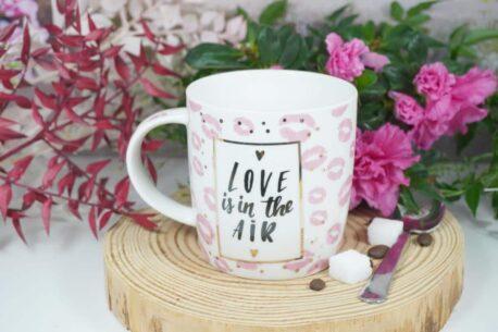 Henkelbecher Sprüche Kaffeetasse Love is in the Air