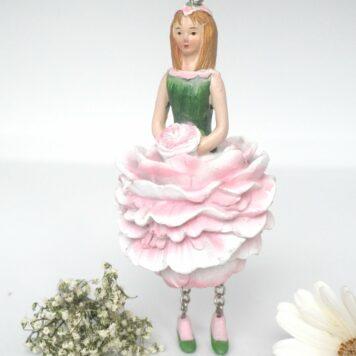 Deko Figur Blumenmädchen Pfingstrosenmädchen weiß zum Hängen