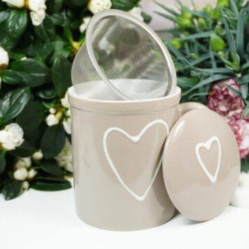 Henkelbecher Teetasse Set mit Deckel & Sieb Beige Herz