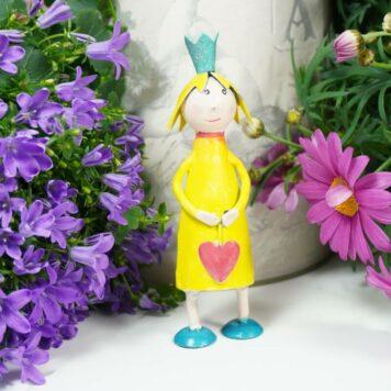 Deko Figur Blechpuppe Prinzessin mit Herz Petit Gelb