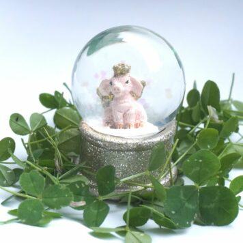 Schneekugel Glimmerkugel Glücksschweinchen Gold Rosa